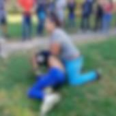 BRUTALNA IŽIVLJAVANJA DEVOJČICA Internet je prepun novih snimaka tinejdžerskih tuča, dok se druga deca SMEJU I NAVIJAJU (UZEMIRIJUĆ VIDEO)