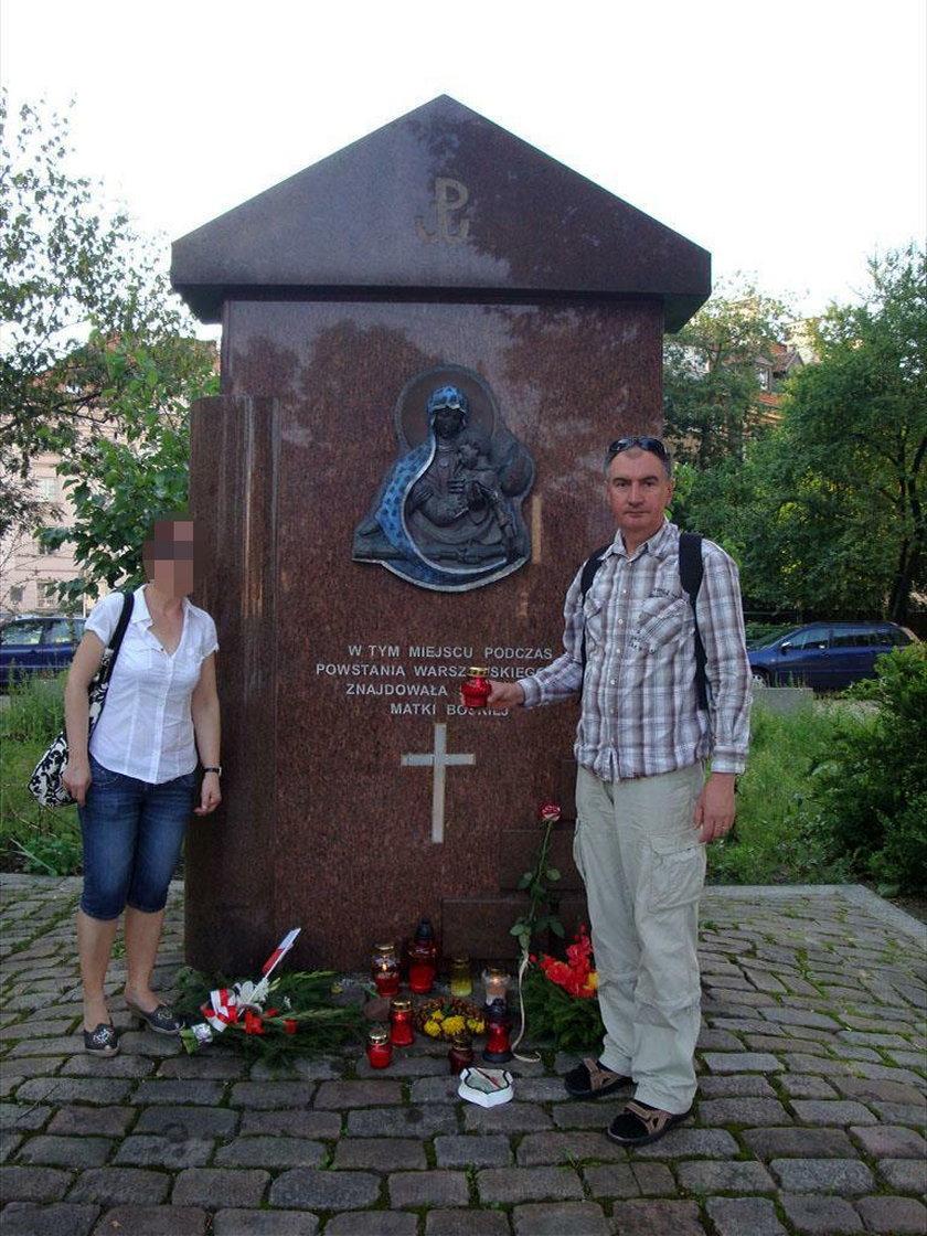 """Na zlecenie Macierewicza badał mapę rozkładu szczątków tupolewa. Ale to minister kultury przyznał mu tytuł """"twórcy"""""""