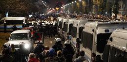Strajk Kobiet w Warszawie. Tak policja pilnuje domu prezesa PiS