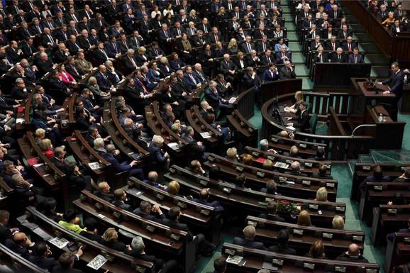Poljski parlament odlučio da unutar svojih granica postavi jedan NATO bataljon