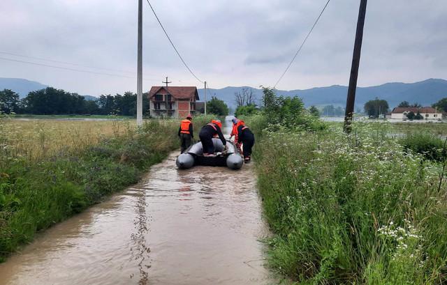 Poplave u Arilju