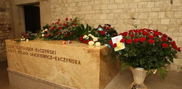 Golas zaatakował sarkofag prezydenta