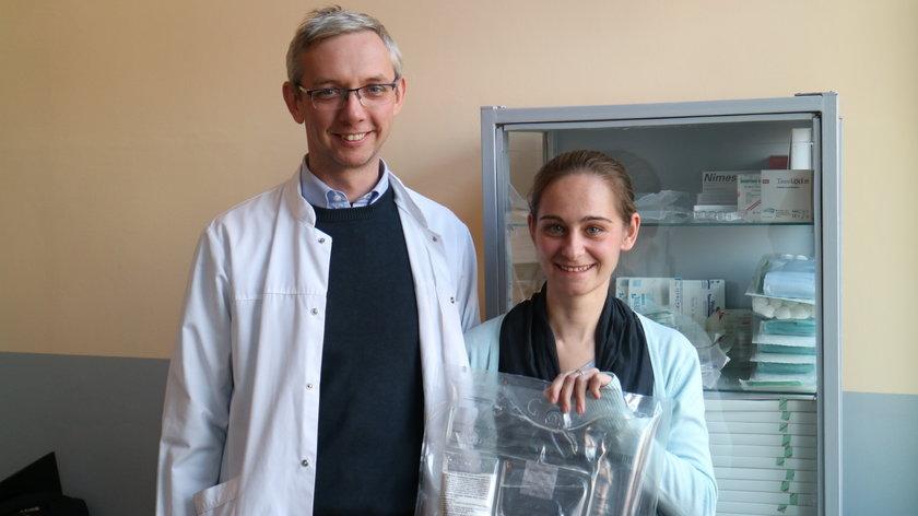 Pani Joasia ze swoim lekarzem dr Tomaszem Pierścieńskim