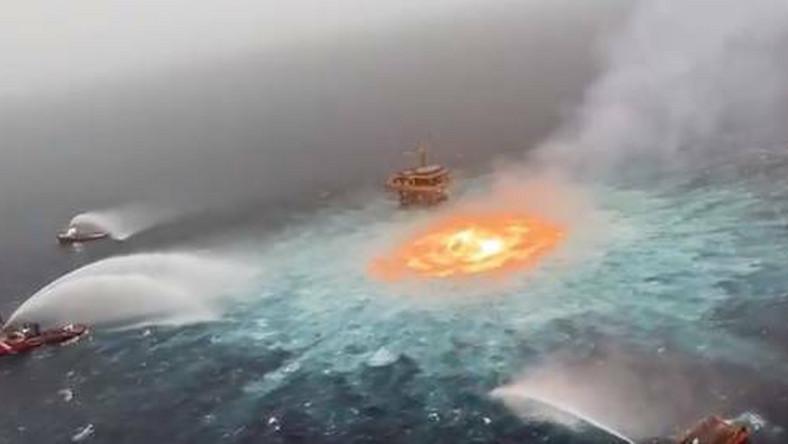 """""""Oko ognia"""" na wodach Zatoki Meksykańskiej"""
