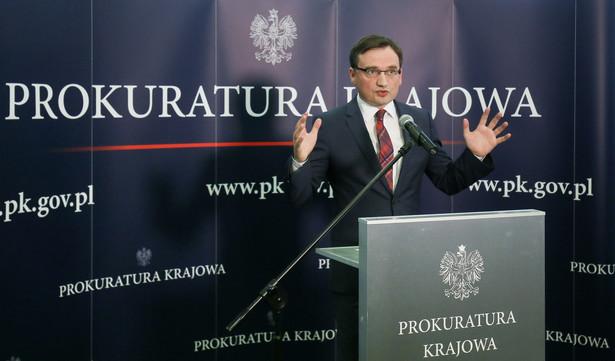 """""""Działania sądów, nawet jeśli są legalne, nie mogą kłócić się z poczuciem sprawiedliwości"""" – skomentował Ziobro."""