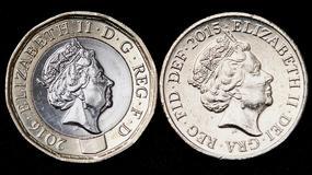 Awantura o starą monetę jednofuntową w Wielkiej Brytanii