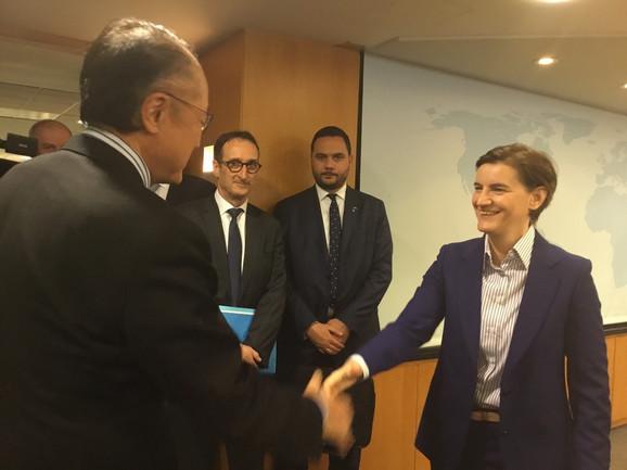 Predsednica Vlade Srbije, Ana Brnabić, u nastavku posete Vašingtonu, razgovarala je sa predsednikom Svetske banke Džim Jong Kimom
