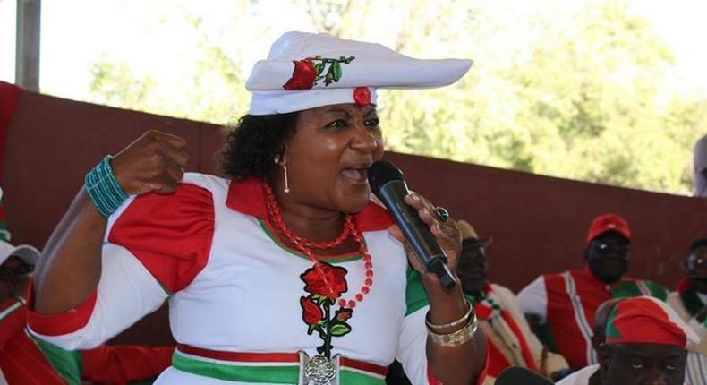 Esther Utjiua Muinjangue.
