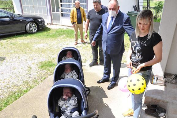 Gradonačelnik Prijedora u poseti porodici Stojnić