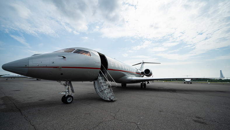 Meet the Bombardier Global 6000