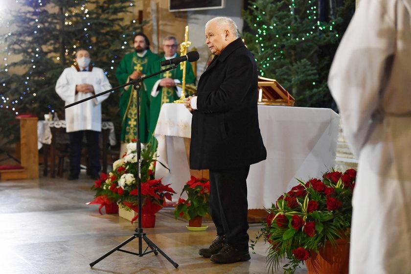 Sanepid zdecydował ws. mszy z udziałem Jarosława Kaczyńskiego