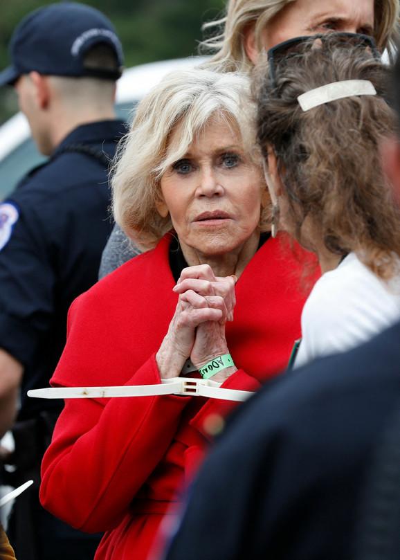 Džejn Fonda hapšenje