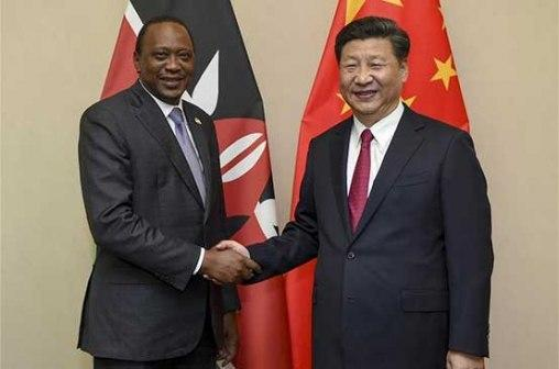 Chinese president Xi Jinping and Kenya's president Uhuru Kenyatta. US Intelligence agencies has cautioned Americans not to purchase Chinese made mobile phone companies Huawei and ZTe since it poses a security threat.