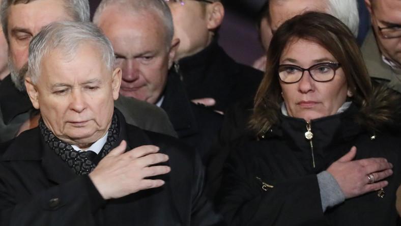 Jarosław Kaczyński i Beata Mazurek