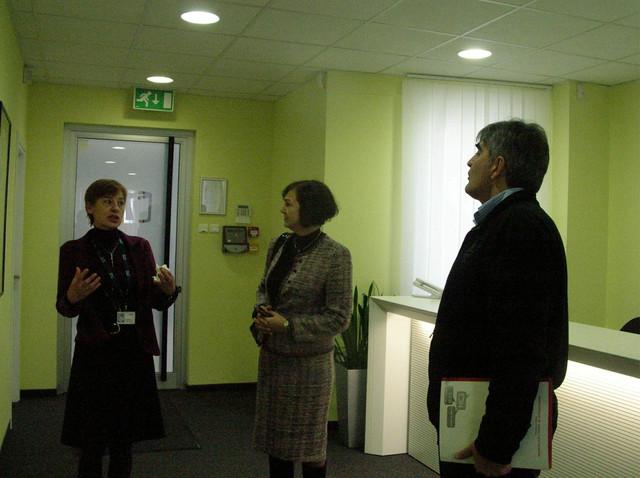 """Vlasnica """"PSTech"""" Branka Radovanović u razgovoru sa članovima žirija"""