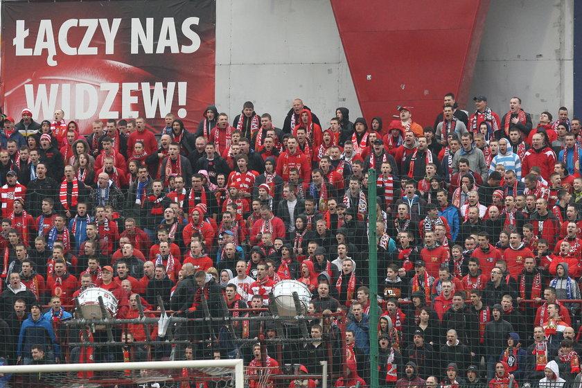 Kibice Widzewa podczas meczu z Piastem Gliwice