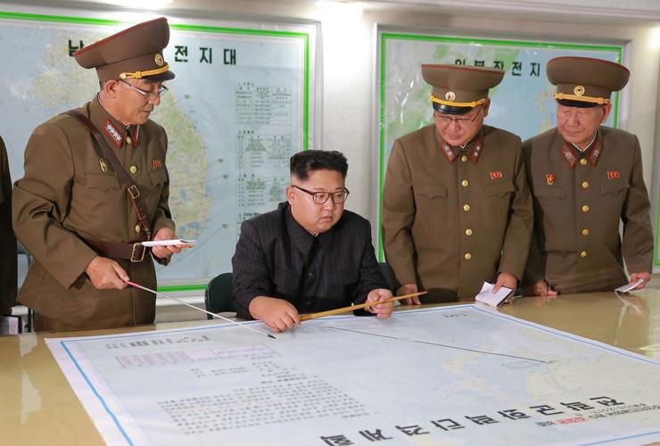 velika britanija severna koreja01 kim džong un generali planovi
