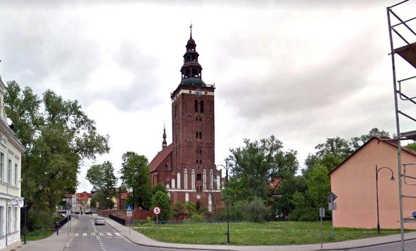 Lidzbark Warmiński: Chcieli okraść kościół. Przechytrzyła ich zakonnica