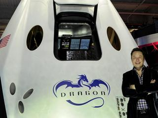 USA SPACEX DRAGON 2