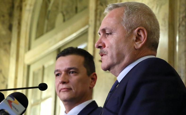 Sorin Grindeanu (po lewej), premier Rumunii