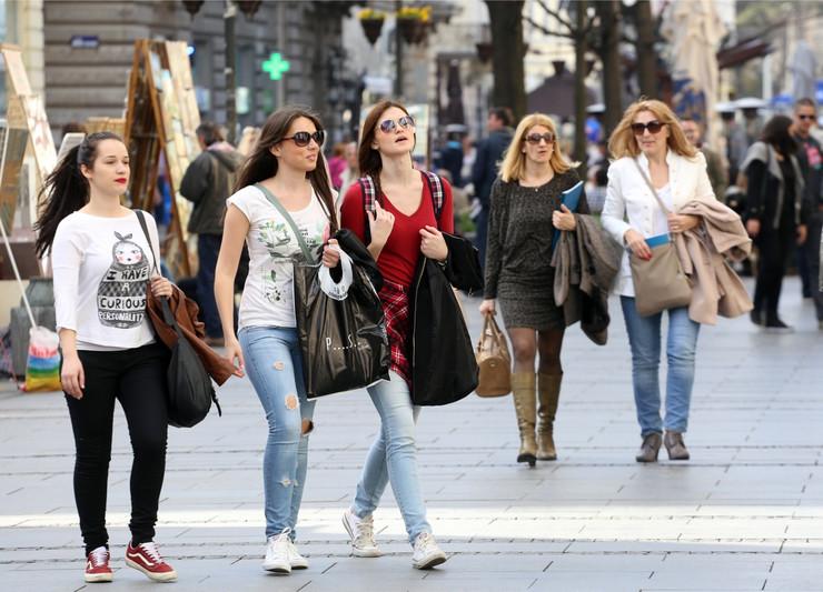 lepo vreme devojke01 foto m milankovic