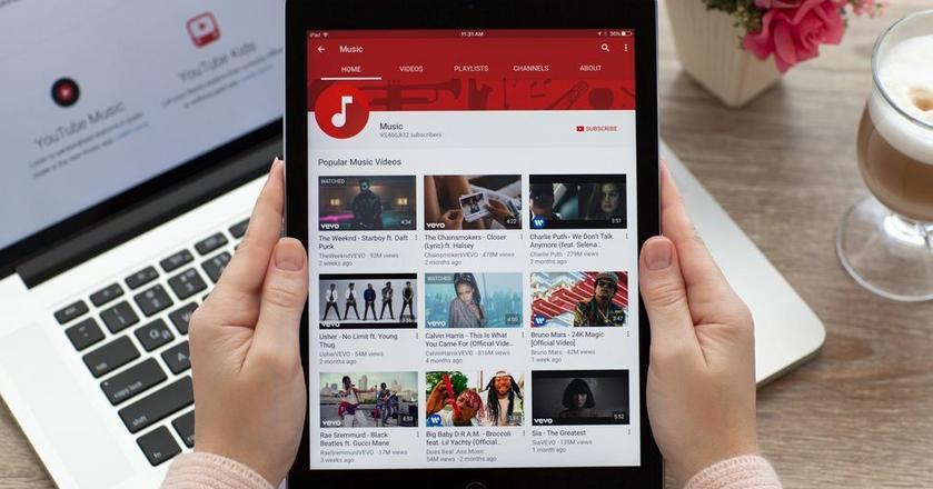 YouTube coraz mocniej podgryza telewizję