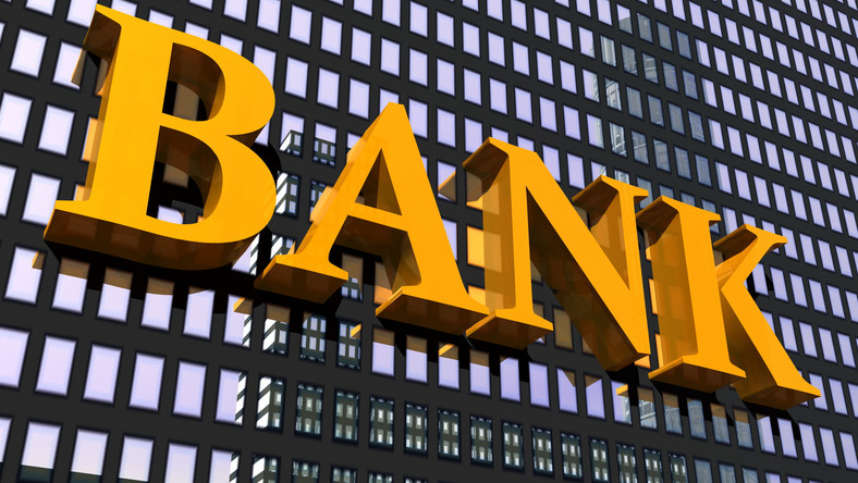 Banki wypowiedziały wojnę kantorom w sieci
