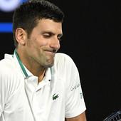 """""""Nije slučajno pogodio sudiju na US openu!"""" Sraman tekst: """"Novak Đoković, NEZAHVALNIK BROJ JEDAN!"""" Neverovatno je kako su Španci uspeli da spoje nespojivo"""