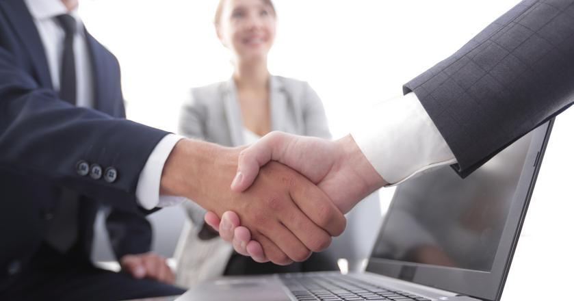Jest wiele zasad i technik negocjacji. Najważniejsze zasady można streścić w pięciu punktach