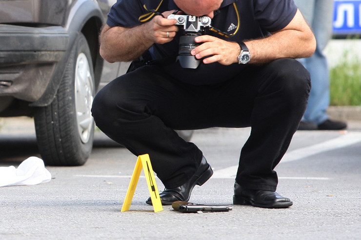 uviđaj ubistvo-policija-pistolj-2-foto-S-PASALIC