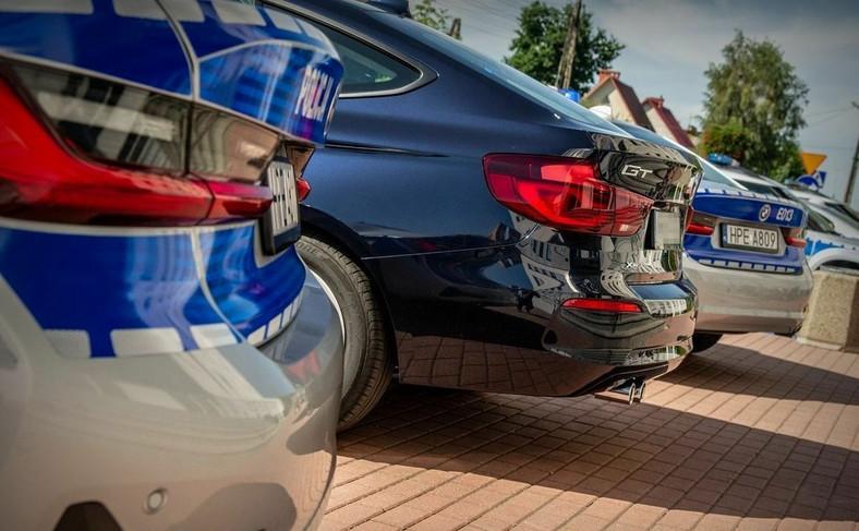 Policja namierzy kierowców z dowolnego miejsca i w dodatku będzie mogła ustawić nieoznakowany lub oznakowany radiowóz w miejscu niedozwolonym