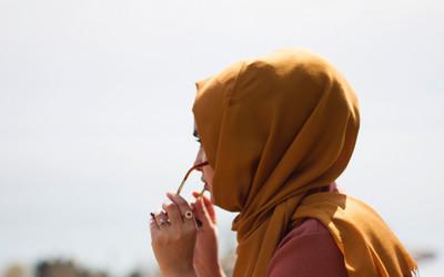 Książki O Tematyce Arabskiej Pokazujące Rolę Kobiety W Islamie