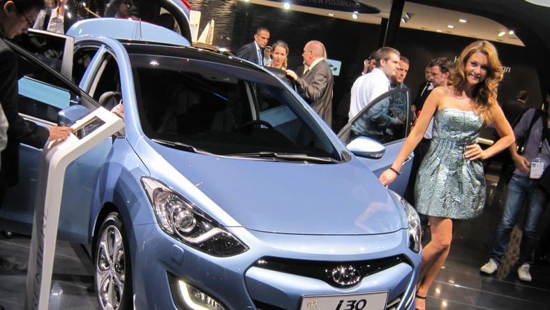 Nowa generacja hyundaia i30 zadebiutowała oficjalnie we Frankfurcie...