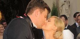 Ślub gwiazdy Polsatu. Popielewicz w białej sukni. ZDJĘCIA