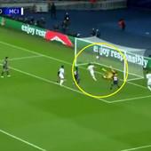 FUDBAL NE PAMTI OVAKAV PROMAŠAJ! Bruka je slaba reč: Bernardo Silva sa par metara prvo pogodio prečku - a onda stativu! /VIDEO/