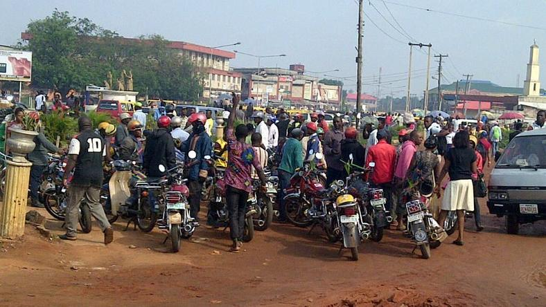 Commercial motorcyclists invade Government House Calabar with corpse