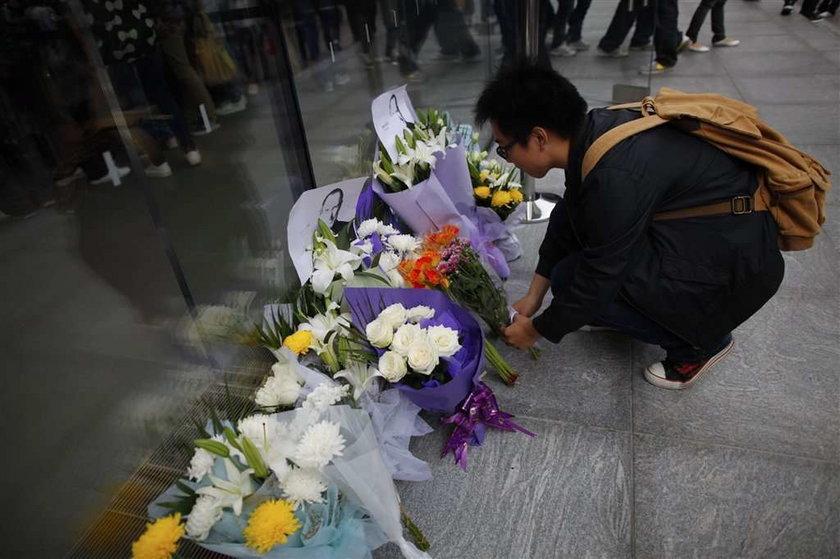 Świat w żałobie po śmierci Jobsa. ZDJĘCIA