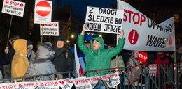 Prokuratura zajmie się demonstrantami spod Wawelu