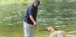 Prezydent szkoli psa na polowanie
