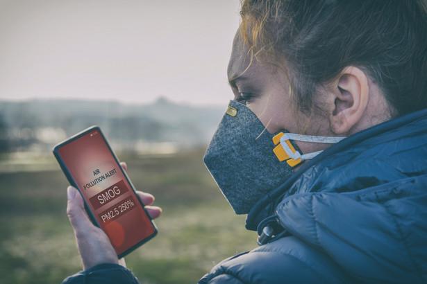 """Póki co w naukach klinicznych nie istnieje pojęcie """"alergia na smog"""", ale według autorów krakowskich badań to się wkrótce zmieni."""