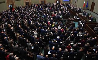 Sejm uchwalił ustawę o STIR: Ma ograniczyć wyłudzenia VAT