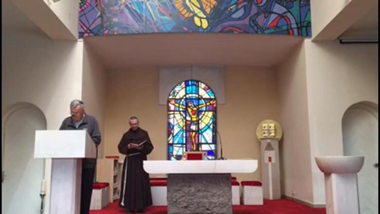 sveštenici ante i nikica