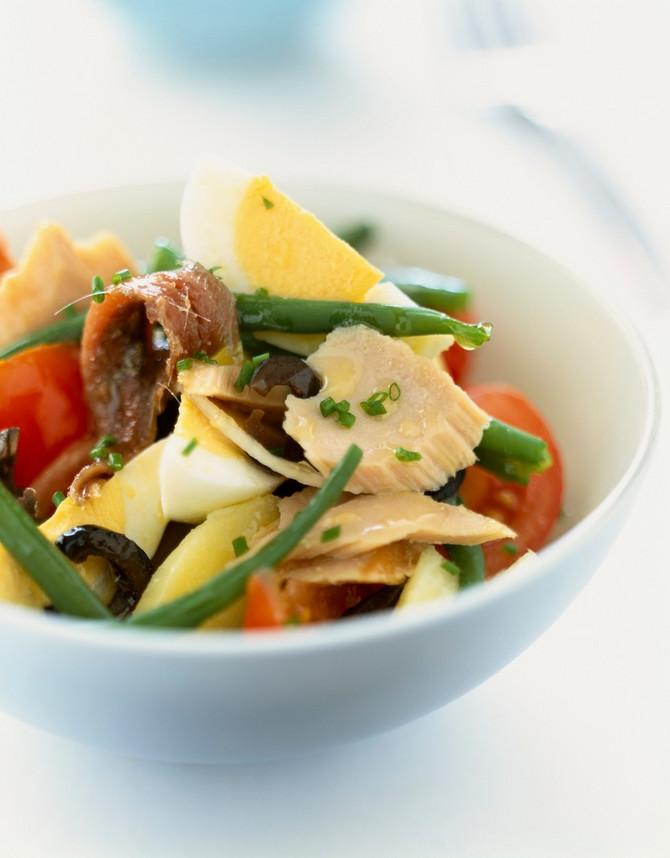 Tuna salata je vrhunski kulinraski užitak