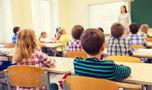 Nauczycieli zabrakło, a dzieci uczą studenci