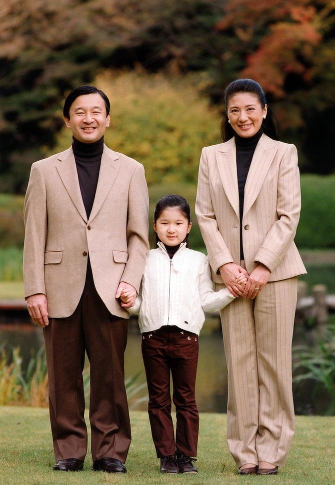 Sa suprugom i ćerkom 2007. godine
