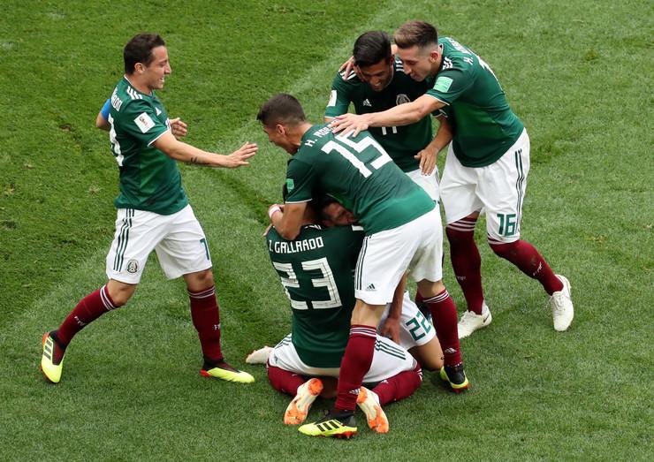 Fudbalska reprezentacija Nemačke, Fudbalska reprezentacija Meksika