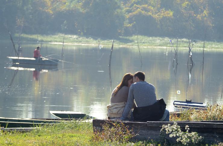Novi Sad 173 Lepo vreme u gradu jesen ribarac dunav foto Nenad Mihajlovic