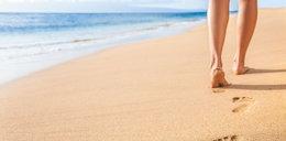 Jak zadbać o swoje stopy w upalne dni? Podpowiadamy!