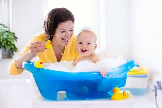 Devojčice treba da kupaju njihove mame