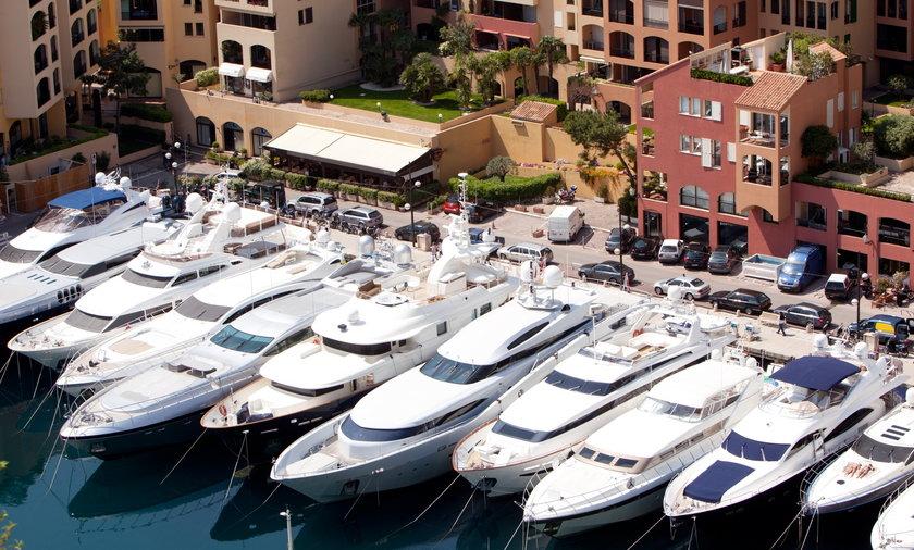 Jachty  w Monte Carlo